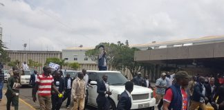 Raila in Trouble Over Fraudulent Registration of a Car